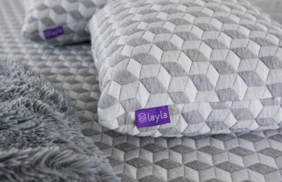layla pillow returns refund