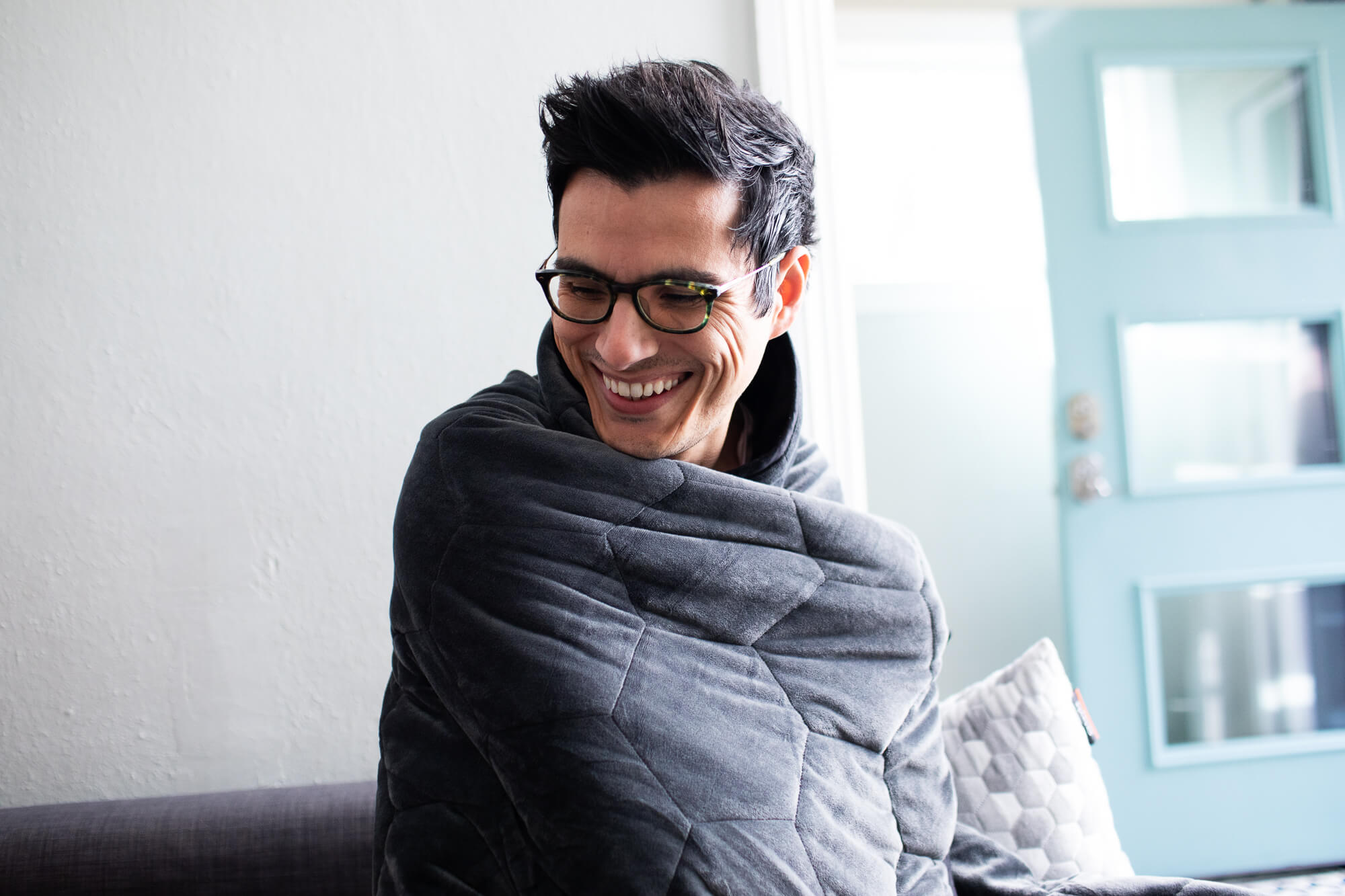 Using a Weighted Blanket for Anxiety: 5 Reasons It Works
