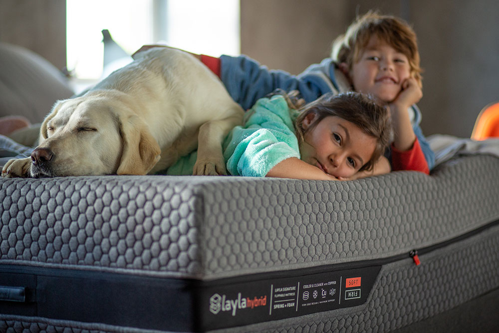 A Buyer's Guide: Best Mattress for Stomach (And Belly) Sleepers